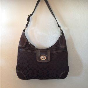 Vintage Coach purse like new!!